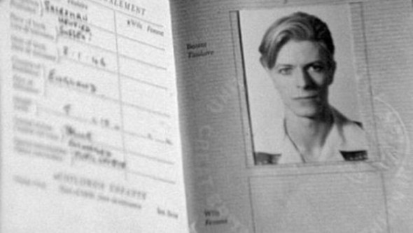 2-Passport-Photos-of-Iconic-Figures-600x339